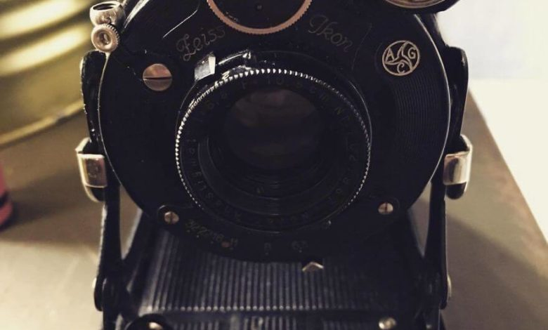 Photo of A Man Purchased a 1929 Vintage Camera, With Film Still Inside. See What Happened Next
